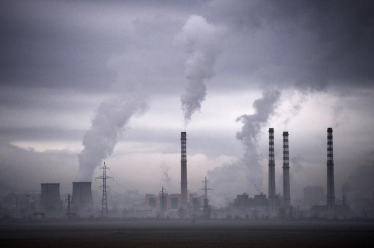 Regierung will Emissionsziel für 2030 auf minus 65 Prozent CO2 verschärfen (© 2021 AFP)