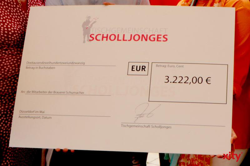3.222 Euro für Schumacher-Köbesse. (Foto: xity)