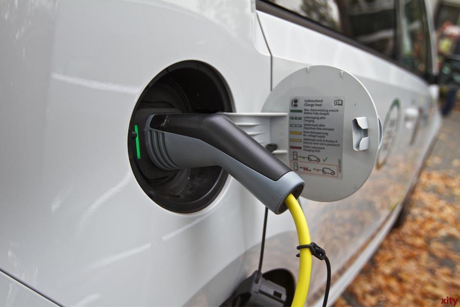 Mit dem E-Auto im Stadtverkehr Strom sparen (Foto: xity)