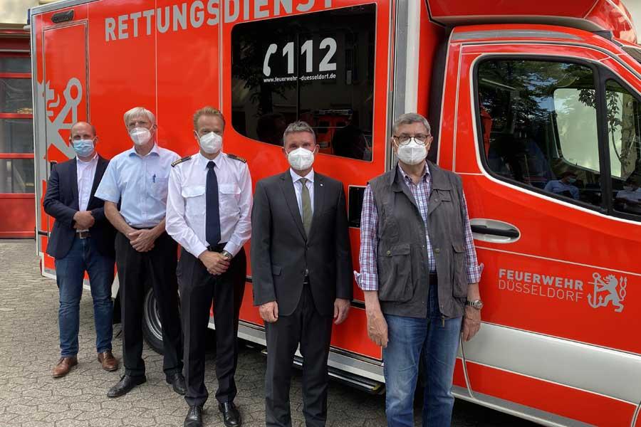 Thomas Undorf (MHD), Uwe Kramp (JUH), David von der Lieth (FW), Stefan Fischer (DRK), Franz-Josef Siepenkolben (ASB) (Foto: Stadt Düsseldorf/Feuerwehr)