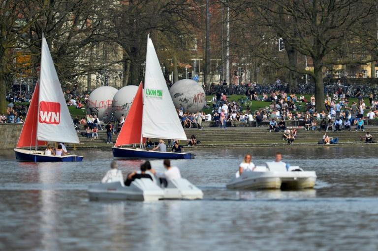 Randale bei Feiern in Münster und Düsseldorf (© 2021 AFP)