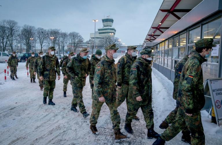 Kramp-Karrenbauer: Bundeswehr-Eliteeinheit KSK bleibt bestehen (© 2021 AFP)