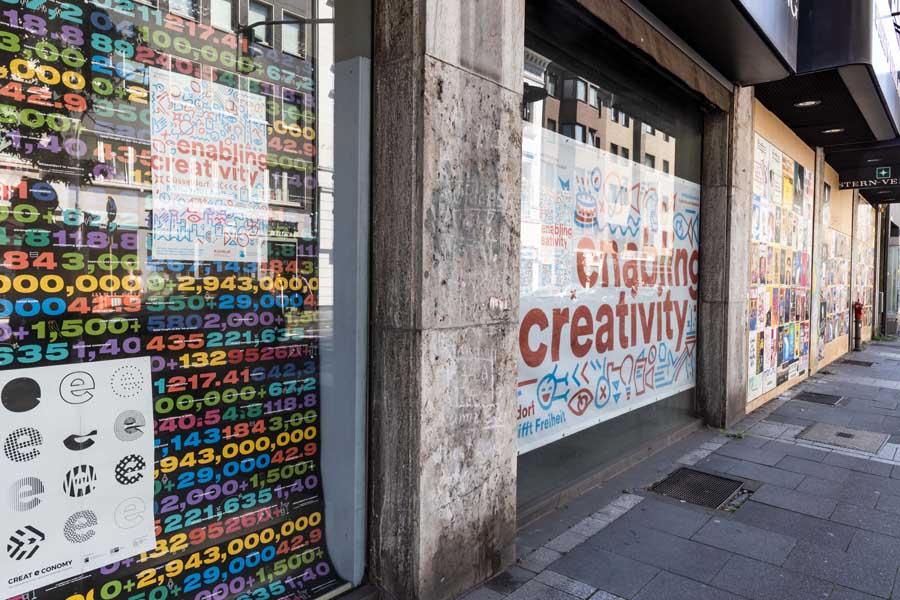 Die Wirtschaftsförderung lädt die Düsseldorfer Kreativwirtschaft zur Gestaltung von Schaufenstern beim ehemaligen Stern-Verlag ein (Foto: Stadt Düsseldorf/Lars Heidrich)