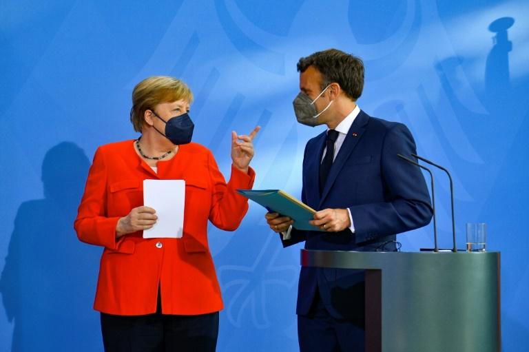 Merkel warnt mit Blick auf Fußball-EM vor Delta-Variante des Coronavirus (© 2021 AFP)