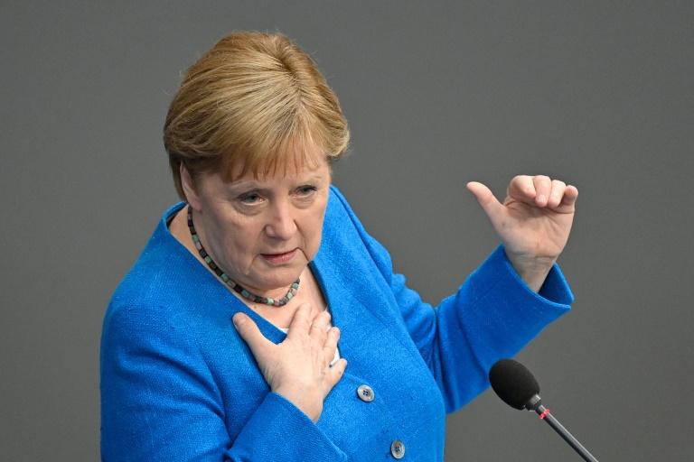 Merkel erteilt Rente mit 68 deutliche Absage (© 2021 AFP)