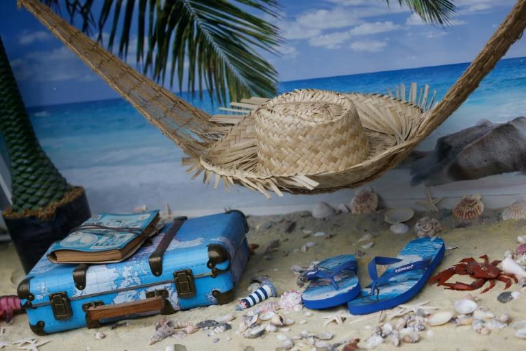 Hälfte der Deutschen plant Sommerurlaub anders als vor der Pandemie (© 2021 AFP)
