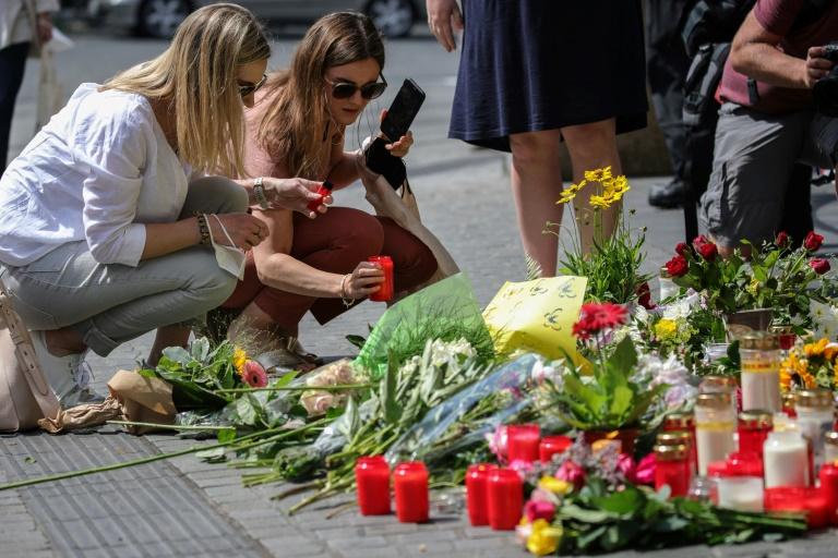 Würzburg gedenkt mit Trauerfeier der Opfer des tödlichen Messerangriffs (© 2021 AFP)