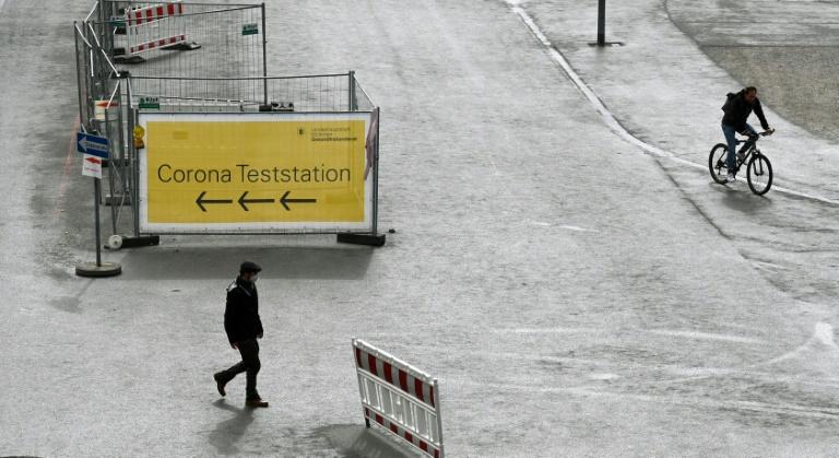 Bund plant derzeit keine strengeren Corona-Kontrollen bei Einreisenden (© 2021 AFP)