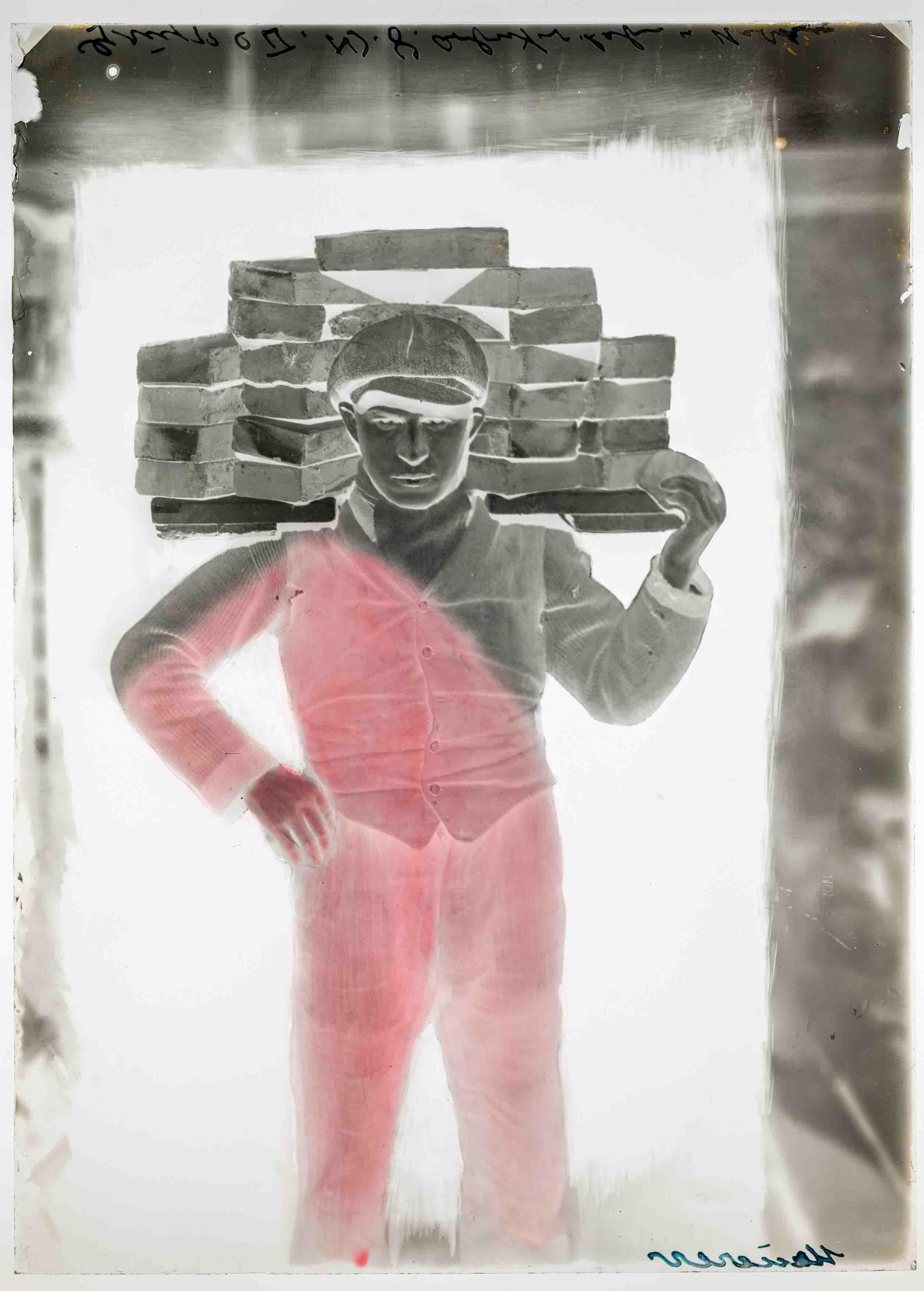 August Sander: Handlanger, 1928, originales Glasnegativ (Foto: Die Photographische Sammlung/SK Stiftung Kultur – August Sander Archiv, Köln; VG Bild-Kunst, Bonn, 2021)