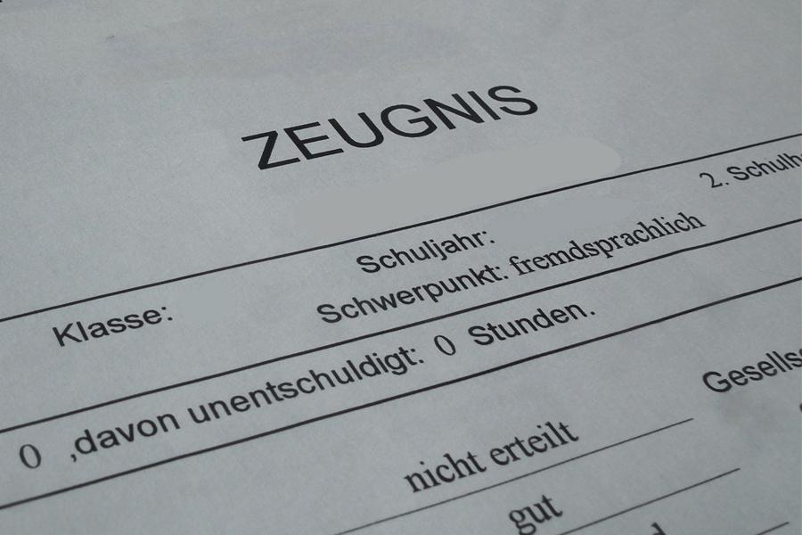 Zeugnis-Telefon der Bezirksregierung Düsseldorf (Foto: xity)