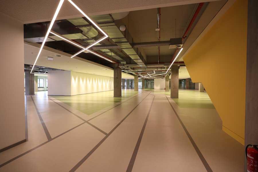 Aktueller Blick auf die zukünftige Fläche der Zentralbibliothek im KAP1 (Foto: Stadt Düsseldorf/David Young)