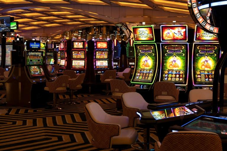 Umfrage: Jeder vierte Deutsche zahlt monatlich Geld für Wetten und Glücksspiel (© 2021 AFP)