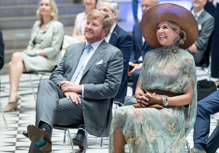Niederländisches Königspaar informiert sich über Photonik- und Quantenforschung (© 2021 AFP)
