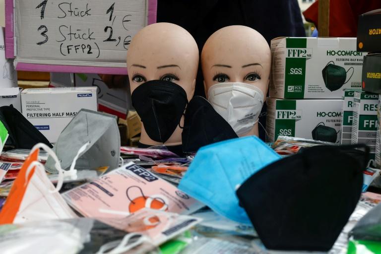 """Hausärzteverband nennt Debatte um Aufhebung der Maskenpflicht """"verfrüht"""" (© 2021 AFP)"""