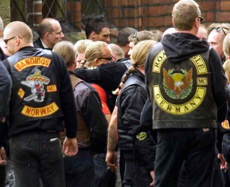 """Seehofer verbietet Rockergruppe """"Bandidos"""" (© 2021 AFP)"""