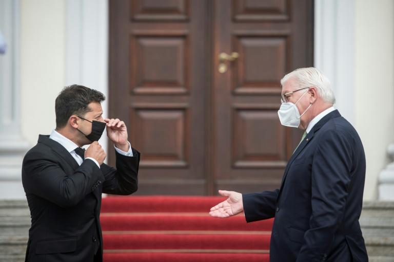 Ukrainischer Staatschef Selenskyj von Bundespräsident Steinmeier empfangen (© 2021 AFP)
