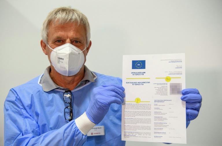 Nachlassendes Tempo der Impfkampagne macht Spahn Sorgen (© 2021 AFP)