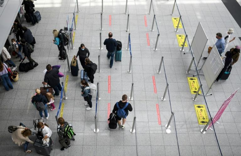 Impfzentrum für Reisende öffnet am Stuttgarter Flughafen (© 2021 AFP)
