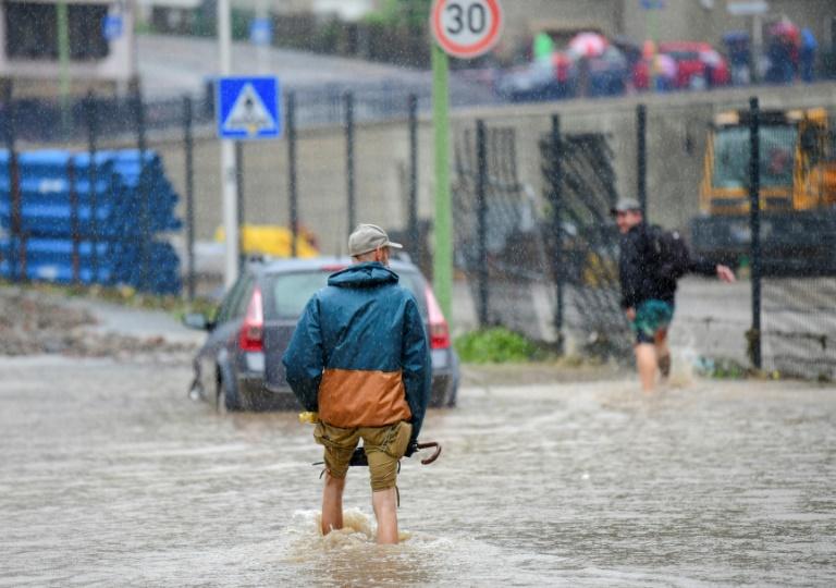 Extreme Regenfälle sorgen erneut für Chaos in weiten Teilen Deutschlands (© 2021 AFP)