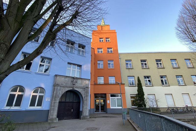 Blick auf das Kinderhilfezentrum heute; Blick aus dem Innenhof. (Foto: Kinderhilfszentrum Düsseldorf)