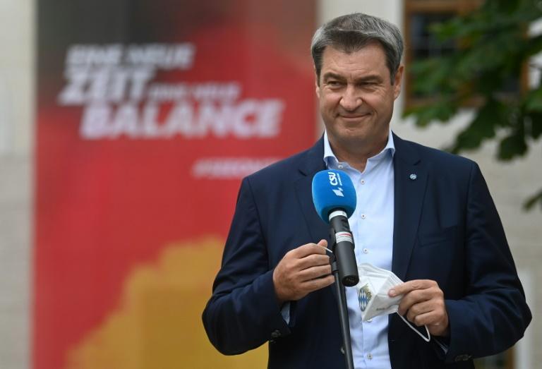 Laschet erstmals seit Kür zum Kanzlerkandidaten bei CSU in Bayern (© 2021 AFP)