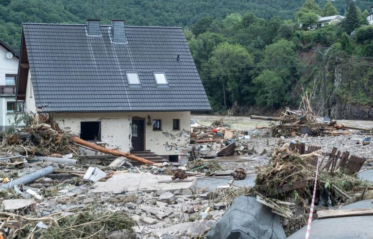 Zahl der Unwettertoten in NRW und Rheinland-Pfalz auf mindestens 33 gestiegen (© 2021 AFP)