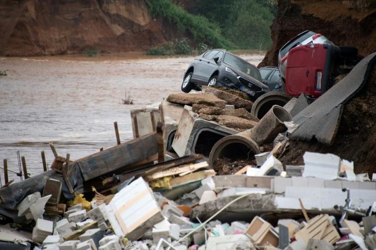 Steinmeier und Laschet besuchen von Hochwasser betroffenen Rhein-Erft-Kreis (© 2021 AFP)