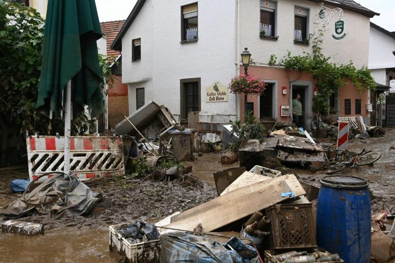 Weiterhin angespannte Lage nach Unwettern in NRW und Rheinland-Pfalz (© 2021 AFP)