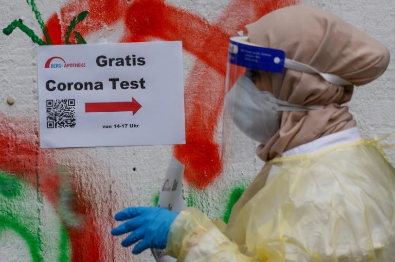 Corona-Inzidenz in Deutschland steigt auf 10,0 (© 2021 AFP)