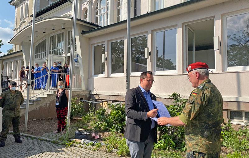 Verabschiedung der Bundeswehrsoldaten im Märkischen Kreis. (Foto: Alexander Bange)