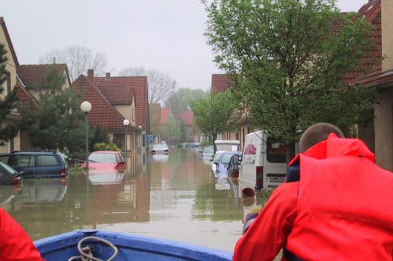 2001 bekamen beim Hochwasser in Ahlen Menschen unbürokratisch Hilfe. (Foto: Stadt Ahlen)