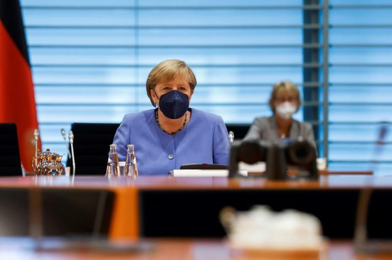 Merkel stellt sich den Fragen der Medien (© 2021 AFP)