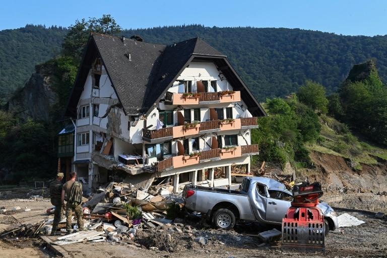 Innenausschuss-Vorsitzende fordert mehr Bundeskompetenz bei Katastrophen (© 2021 AFP)
