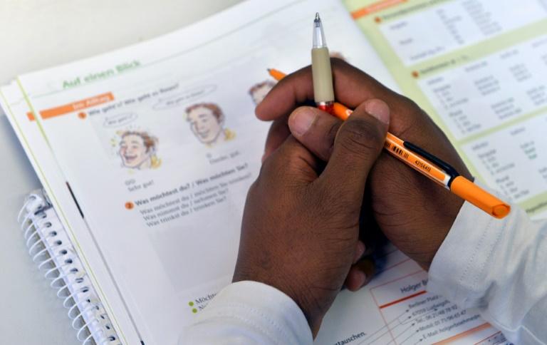 """Verbände fordern Abschaffung sogenannter """"Anker""""-Zentren (© 2021 AFP)"""