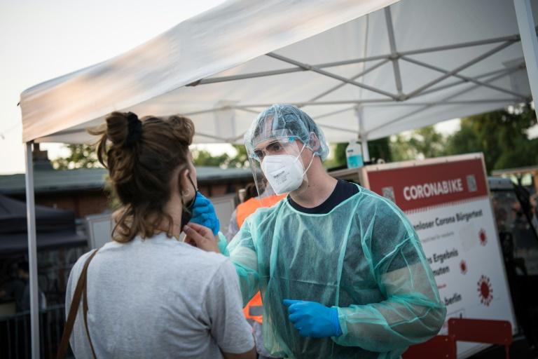 Für generelle Testpflicht wird möglicherweise Infektionsschutzgesetz geändert (© 2021 AFP)
