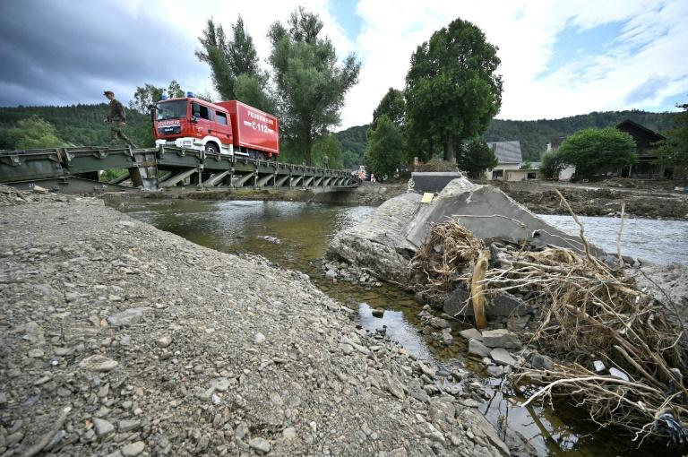 Technisches Hilfswerk rechnet mit monatelangem Einsatz in Flutgebieten (© 2021 AFP)