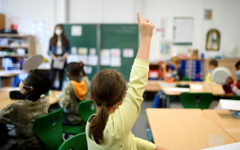 Schülervertreter kritisiert mangelnde Vorbereitung auf Schulstart in Pandemie (© 2021 AFP)