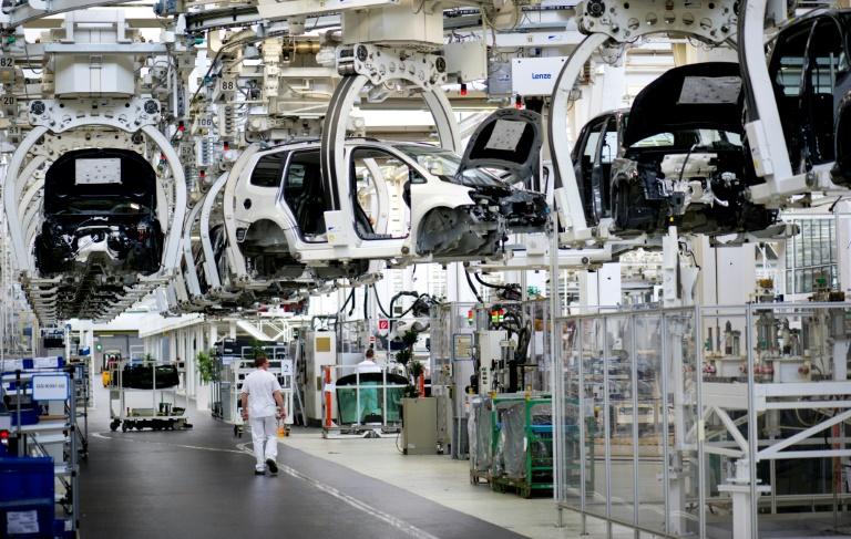 Merkel empfängt Vertreter der Autoindustrie zu sechstem Autogipfel (© 2021 AFP)