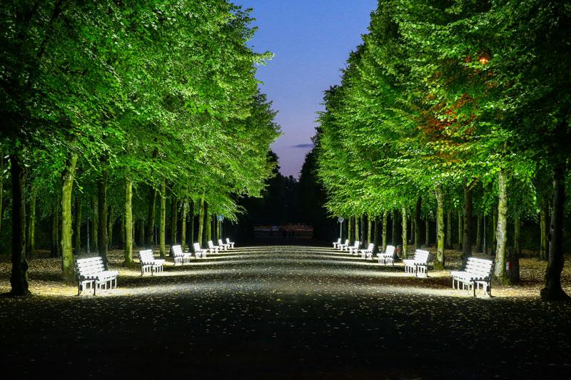 Lichtbänke kehren in den Hofgarten zurück.(Foto: Stadt Düsseldorf)