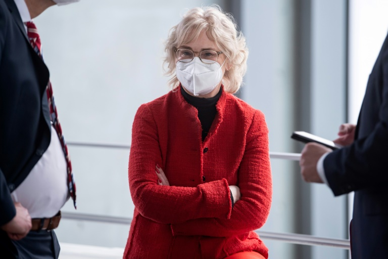 Lambrecht hält staatliche Einschränkungen für Ungeimpfte für verfassungswidrig (© 2021 AFP)