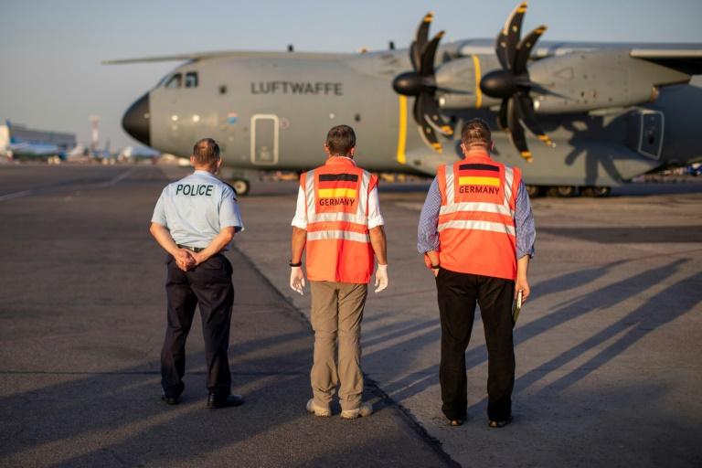 Bundeswehr bringt Hilfsgüter zum Kabuler Flughafen (© 2021 AFP)