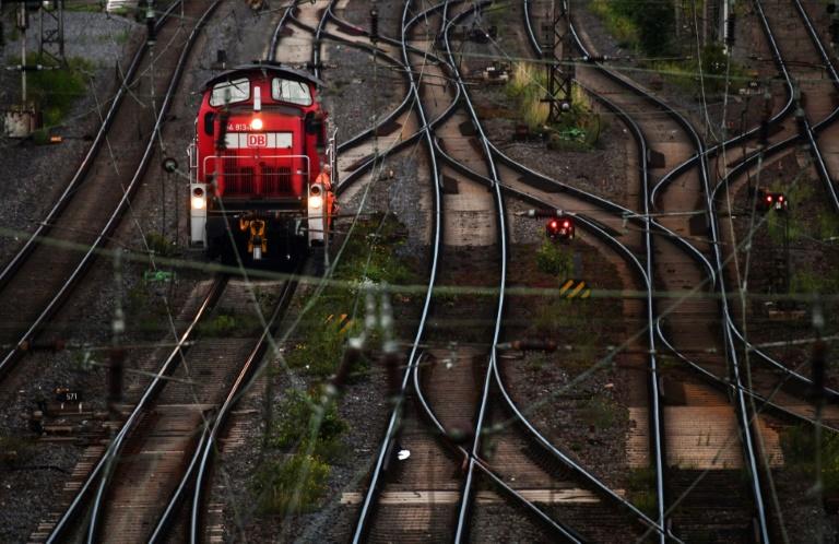 Fahrgastverband Pro Bahn fordert Änderung des Tarifeinheitsgesetzes (© 2021 AFP)