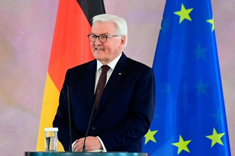 Bundespräsident Steinmeier zu Staatsbesuch nach Tschechien aufgebrochen (© 2021 AFP)