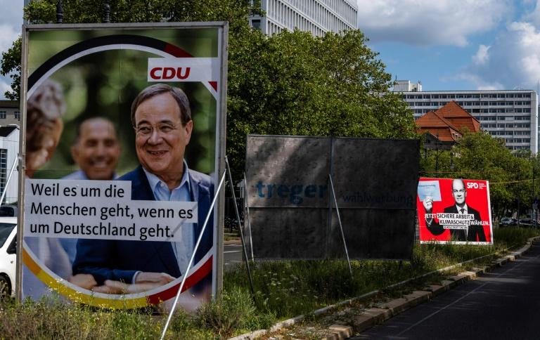 """""""Politbarometer"""": Union und SPD in der Wählergunst gleichauf (© 2021 AFP)"""