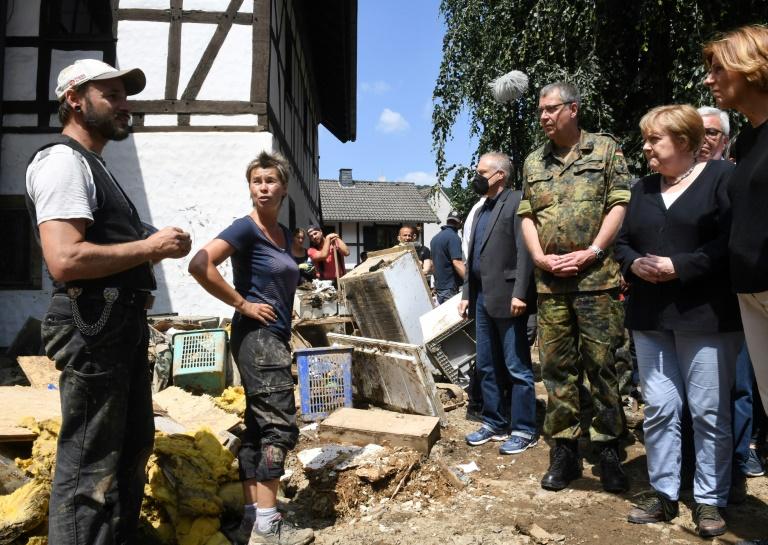 Merkel besucht in kommender Woche erneut Flutgebiete (© 2021 AFP)