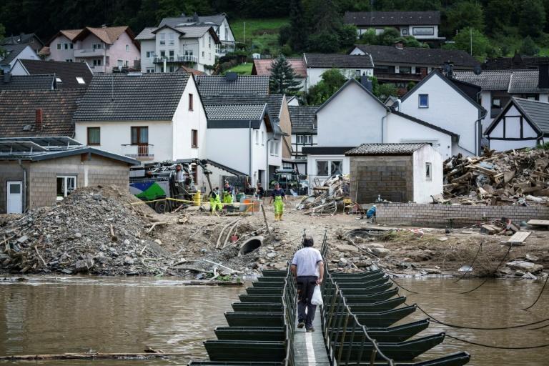 """""""Wir stehen an Ihrer Seite"""": Steinmeier sichert Flutopfern Unterstützung zu (© 2021 AFP)"""