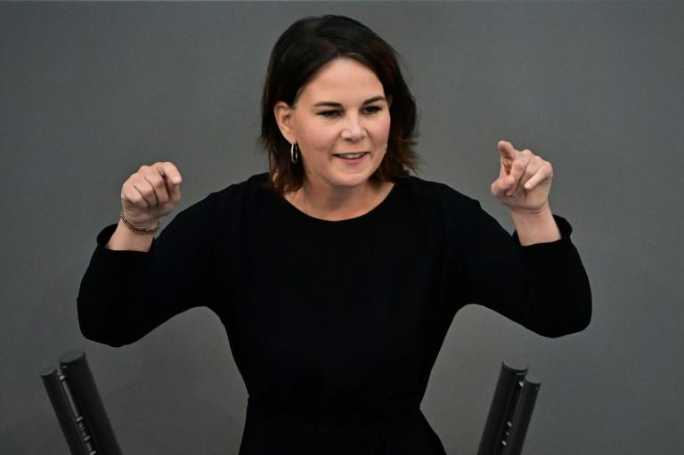 Baerbock wirbt für fairen Umgang mit dem politischen Gegner im Wahlkampf (© 2021 AFP)