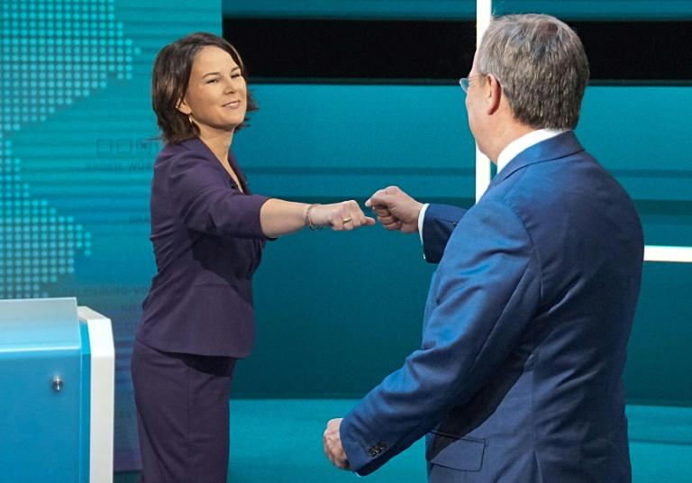 Kanzlerkandidaten fordern Konsequenzen aus Krise in Afghanistan (© 2021 AFP)