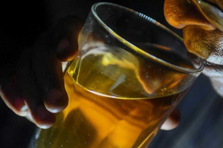 Verkauf von Alkohol zum Mitnehmen bleibt in Koblenz vorerst nachts verboten (© 2021 AFP)