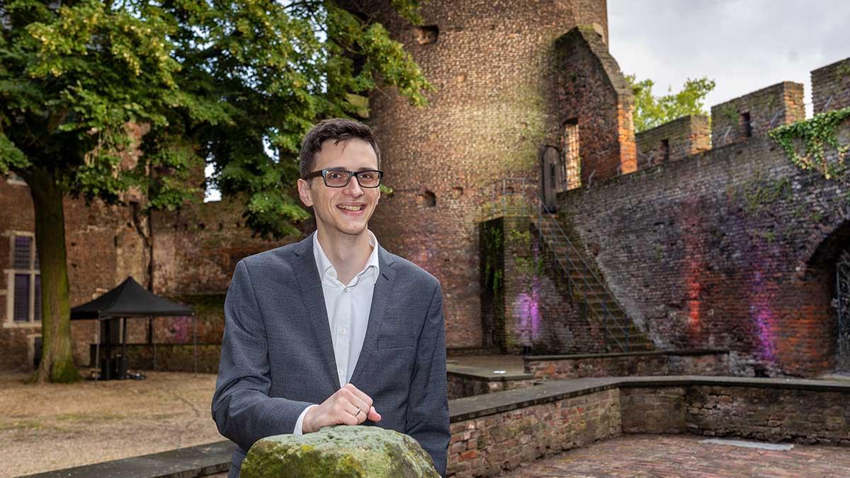 Der Krefeld Preis für Fantastische Literatur wurde am Samstag an Thilo Corzilius verliehen (Foto: Stadt Krefeld, Presse und Kommunikation, Thomas Lammerz)
